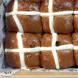 Hot cross bun platter thumbnail