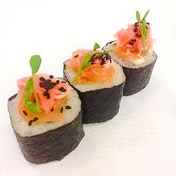 Smoked salmon and avocado nori roll thumbnail