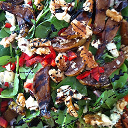 Caramelised pear and walnut salad thumbnail