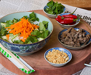 Beef vermicelli salad thumbnail
