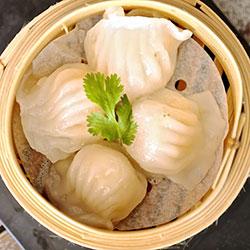 Vegetarian dumplings thumbnail
