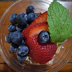 Honey yoghurt and granola cups thumbnail