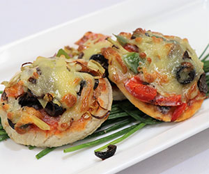 Gourmet mini pizza thumbnail