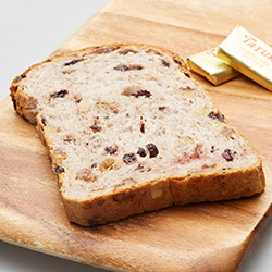 Walnut and raisin toast thumbnail