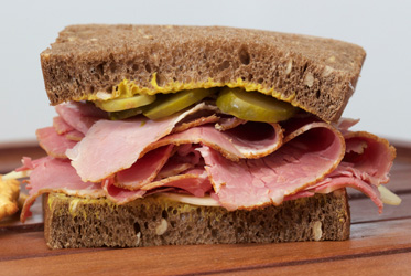 Pastrami on rye bread thumbnail