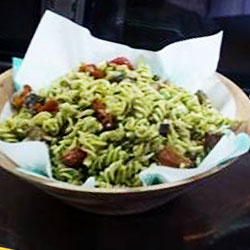 Pesto salad thumbnail