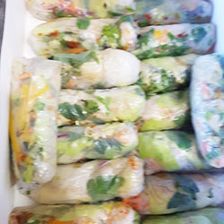 Vietnamese rice paper roll thumbnail