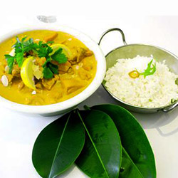 Thai chicken curry with rice thumbnail