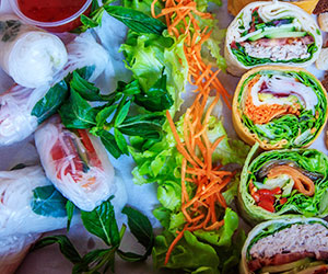 Sandwich and rice paper roll package thumbnail