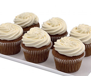 Vegan vanilla cupcakes - 7cm thumbnail
