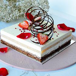 Signature Rose and lychee cake thumbnail