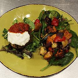 Grilled Mediterranean vegetable salad thumbnail