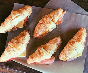 Croissant - mini thumbnail