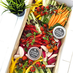 Crudites platter (Fresh cut vegetable platter) thumbnail