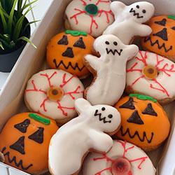 Halloween assorted doughnut box thumbnail