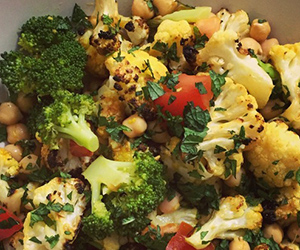Spiced cauliflower and broccoli salad thumbnail