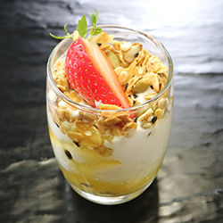 Yoghurt and granola parfait thumbnail