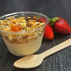 Yoghurt and muesli cup - mini thumbnail