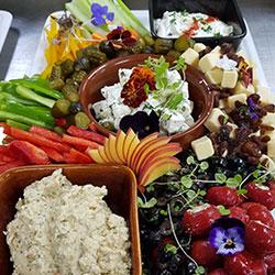 Middle Eastern mezze platter thumbnail