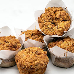 Spiced plum crumble muffin thumbnail