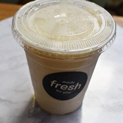 Breakfast smoothie thumbnail