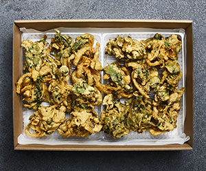 Indian spinach pakora thumbnail