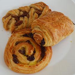 Mixed mini pastries thumbnail