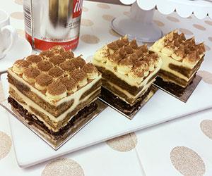 Tiramisu cream cake - 3 inch - box of 6 thumbnail