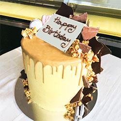 Caramelise popcorn drip cake thumbnail