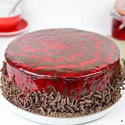 Strawberry cream delight cake thumbnail