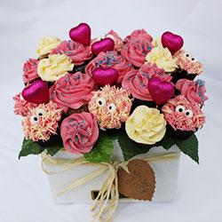 Crazy Love strawberry n cream mini cupcake bouquet thumbnail