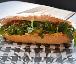 Breakfast baguette vegetarian thumbnail