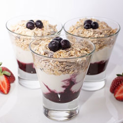 Muesli and yoghurt cups - 215ml thumbnail