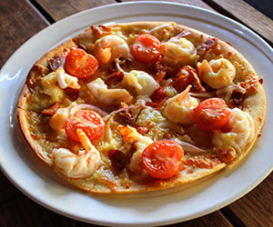 Prawn and chorizo pizza thumbnail