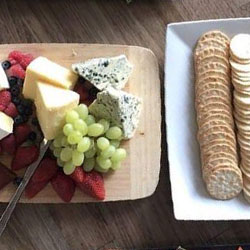 Fruit and cheese platter thumbnail