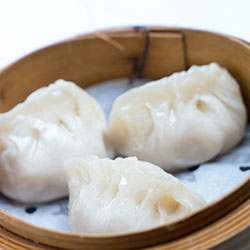 Steamed dumplings thumbnail