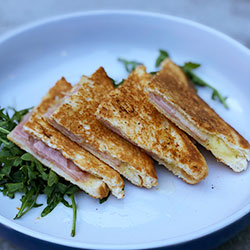 Ham and cheese toastie thumbnail