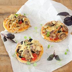Vegetarian pizzetta thumbnail