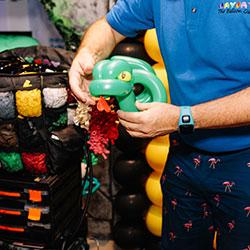 Expert balloon twister thumbnail