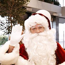 Santa claus appearance thumbnail