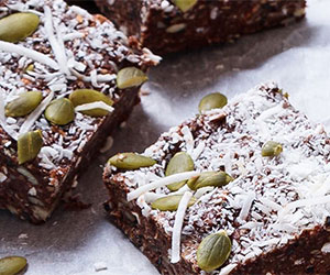 Seeded chocolate date bars thumbnail