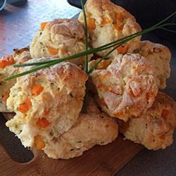 Pumpkin and feta scones thumbnail