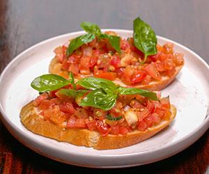Italian tomato bruschetta thumbnail