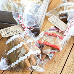 Gingerbread bags thumbnail