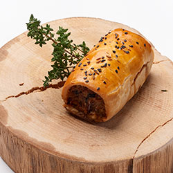 Grass-Fed spiced beef sausage roll thumbnail