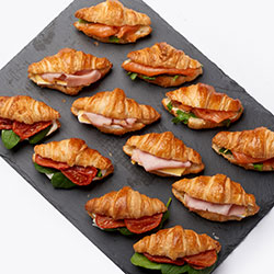 Trio mini croissants selection thumbnail