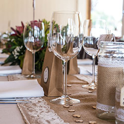 Table linen hire thumbnail
