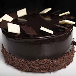 Chocolate indulgence round cake thumbnail