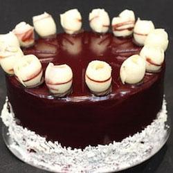 Red velvet round cake thumbnail