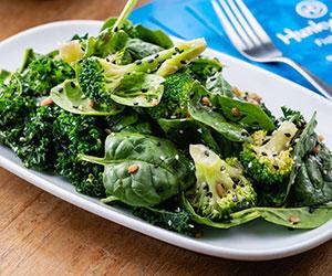 Kale and spinach salad thumbnail